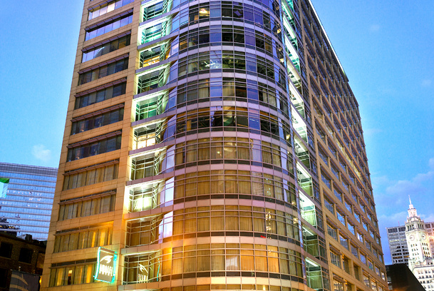 Kinzie Hotel building